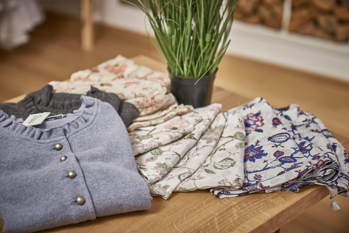 Trachtenmode Alpenklaessig Murnau Tracht und Mode
